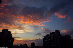 Daily brief moment of beauty (Chye Guan, Tan) Tags: sunset landscape singapore dramatic burning redcloud grii pandagarden ricohgrii