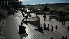Hipodromo (Jinglero) Tags: people argentina caballos buenosaires nikon exterior gente palermo sombras siluetas escaleras hipodromo gradas escalinatas d5200 buenosairesmarket nikond5200