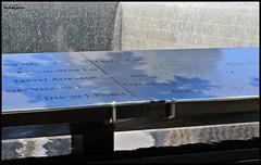 Memorial NY (nagarver) Tags: new york paisajes color mar ciudad cielo nubes eeuu