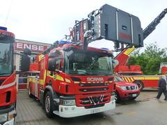New Scania P280 Turntable Ladder - S2 - Odense Fire Brigade/Bolbro Station (DanishEVPhotos) Tags: denmark fire 911 turntable dk danish ladder emergency 112 danmark odense dansk scania brigade 999