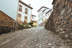 Llastres (luis_bd) Tags: street espaa calle holidays asturias vacaciones colunga lastres asturies llastres doctormateo