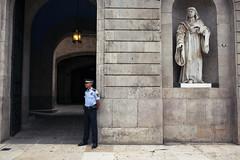 IMG_9284 (Photogore) Tags: barcelona street 2 people digital 35mm canon spain mark 14 bcn streetphotography ii 5d catalunya