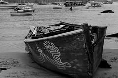 ilha grande p&B (DouglasFroog) Tags: cidade blackwhite barco paisagem nuvens ilhagrande reggae ceu ilha pretoebranco peb bairro pirata navio vento pescador praiadafeiticeira caravela abraao blackorwhite mangaratiba cachoeiradafeiticeira vilaabraao piratadocaribe navegaçao ilhagrandetour