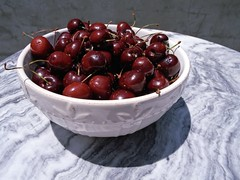 red cherries (Riex) Tags: red food film fruits cherry rouge berry cherries berries minolta bowl manger vista 20mm af agfa bol nourriture maxxum amount denree cerises agfavista baies agfacolor agfaphoto 9xi minoltaamount