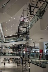 DSC_6463 (Ignacio Blanco) Tags: bangkok asia oriental orient metropolis city mall consumer consumerism siam discovery shopping idol ratchaprasong ploenchit phloenchit siamsquare