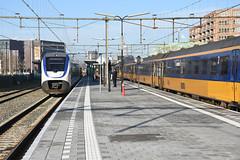 SLT and ICM at Alphen aan den Rijn, November 26, 2016 (cklx) Tags: gouwelijn nsr slt alphenaandenrijn icm