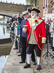 #47 Smart (116 Pictures In 2016) (kazmorris) Tags: 116picturesin2016 town crier anniversary celebration leedsliverpool canal barges boats water ledds liverpool burscough bell smart heritage