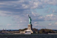 Statue Of Liberty (Alejandro Ortiz III) Tags: 6d alejandroortiziii alex alexortiz allrightsreserved brooklyn canon canoneos copyright2016 copyright2016alejandroortiziii digital eos lightroom lightroom3 newjersey newyork newyorkcity promaster promastertamron promaster70300mmf456 rahway shbnggrth statueofliberty alexortizphotogmailcom copyright2016alejandroortiziii 2016 redhook