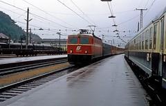 1044.50  Feldkirch  18.06.81 (w. + h. brutzer) Tags: feldkirch eisenbahn eisenbahnen train trains sterreich austria elok eloks railway lokomotive locomotive zug bb 1044 webru analog nikon