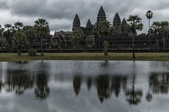 Angkor (Camboya - -) (Egg2704) Tags: camboya  angkor angkorwat templodeangkorwat  templo templos religin religiones aquitectura edificio edificios reflejo reflejos egg2704