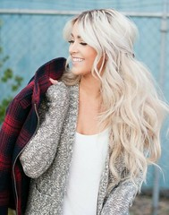 Glorious Messy Long Hairstyles For Women 2017 White Hair (metinefew) Tags: messyhair messyhairstyle messyhaircuts messyhaircuts2017 messyhairstyles messyhairstyles20162017 messylonghaircuts messylonghairstyles