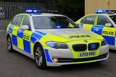 Humberside Police BMW 530d Touring Roads Policing Unit Traffic Car (PFB-999) Tags: humberside police bmw 530d 5series touring estate roads policing unit rpu traffic car vehicle lightbar grilles clusters dashlight leds lf13vxu kc stadium hull