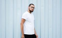 _CLE9118-Editar (Cleison Silva) Tags: boy modelo barba oculos indie azul sopaulo barueri urbano art retrato