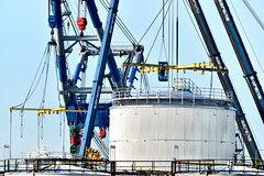 STORAGE TANKS (dv-hans) Tags: lbctankterminals botlek derdepethaven matador3 sheerlegs