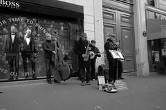 Dixie Jazz (Petit_louis) Tags: paris bw streetscenes