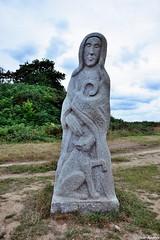 Sant Brieg - Saint Brieuc (pontfire) Tags: france art saint statue 22 pierre bretagne sant 2014 granit sculpteur ctesdarmor carnot valledessaints saintbreton lavalledessaints fabricelentz traoniennarsent saintdiboan saintebretonne qunquillec saintetsaintebreton toularbleiz