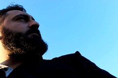 stanbul'da yalnzlk.. (cambazghettostar34) Tags: sky black hair beard alone handsome beards istanbul sakal