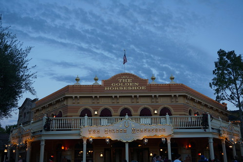"The Golden Horseshoe • <a style=""font-size:0.8em;"" href=""http://www.flickr.com/photos/28558260@N04/20541698142/"" target=""_blank"">View on Flickr</a>"