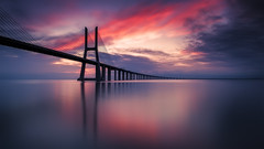 THE BRIDGE IN COLOR (sgsierra) Tags: bridge color portugal clouds sunrise de puente lisboa amanecer nubes vasco gama duero longexposition