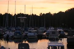 Golden marina (jtunkelo) Tags: sunset skyline marina finland golden helsinki ven 2015 kallahti venesatama veneet