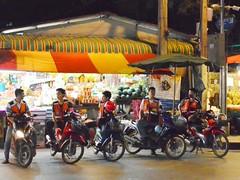 Bike Taxis, cool! (kawabek) Tags: thailand bangkok motorcycle タイ biketaxi オートバイ バイク バンコク thaibike prachasongkhro バイクタクシー タイバイク
