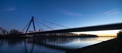 Autobahnbrücke A61