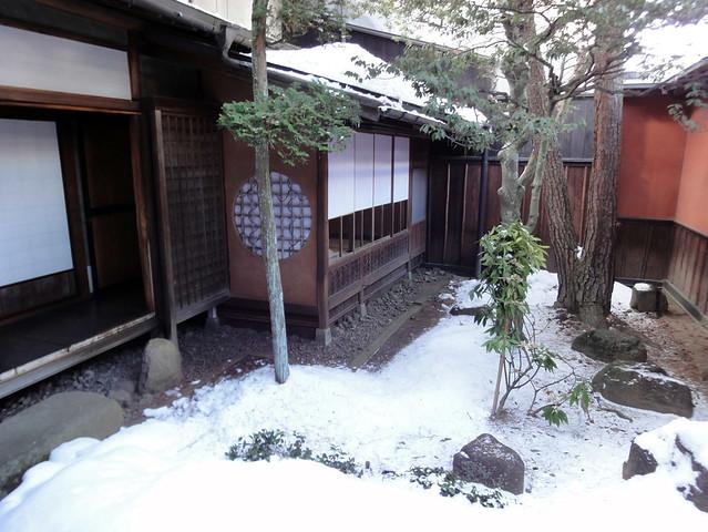 吉島家住宅の坪庭(前庭)|吉島家住宅