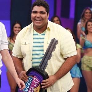 """Humorista do """" Programa do Porchat"""", Paulo Vieira foi descoberto no Faustão"""