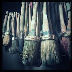 Brushes (breakbeat) Tags: hipstamatic oxford instameet instagrammeetup photowalk city hipstamaticapp anniesloan shop cowleyroad painteverything colourful interiordesign brushes paint decorate wonderlens w40film