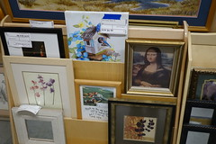 Stuff Etc Store Coralville 11-16-16 11 (anothertom) Tags: coralvilleiowa stuffstorecoralville stuffetc consignmentshop shopping secondhanditems itemsforsale walldecorations monalisa 2016 sonyrx100ii