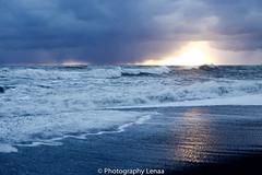 _MG_3008 (photography.lenaa) Tags: blacksandbeach beach stone black water sea ocean blue sun iceland