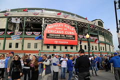Fans congregate outside Wrigley Field before World Series Game 3. (apardavila) Tags: postseason wordseries baseball chicagocubs clevelandindians majorleaguebaseball mlb sports worldseries wrigleyfield wrigleyville