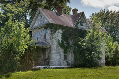 Abandoned House, Sussex County, Delaware (adamkmyers) Tags: oncewashome abandoned easternshore delmarva