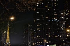 Les lumières de la ville - City lights (baladeson) Tags: parisatnight citylights toureiffel tower paris france lights lumières ville éclairage fenêtres windows buildings immeubles arbre tree nuit night flickrunitedaward