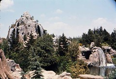 Cascade Peak, June 1964 (Tom Simpson) Tags: vintage disney disneyland vintagedisney vintagedisneyland cascadepeak waterfall frontierland 1964 1960s