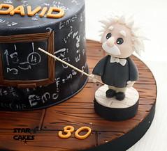 Tarta Einstein (StarCakesMadrid) Tags: einstein caketoppers toppers tarta cake tartapersonalizada customcake tartadecorada regalooriginal