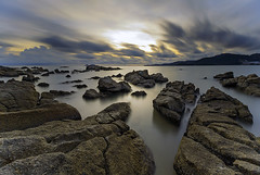 engaging nature (<Pirate>) Tags: sunset teluk bayu november 20th 2016 colorful rock sea long exposure slow shutter sun cloud sky 1018 is stm ray masters gnd4 hard haida nd30 nd1000 nature calmness bayan lepas penang