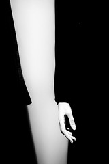 (willy vecchiato) Tags: blackandwhite biancoenero monochrome monocramatico street candid window body part hand false manikin unreal abstract art fine 2016 fuji x100s