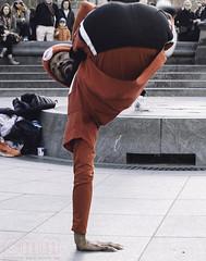 WashSquare_December 03, 2016_39 (M.Cicchetti Photography) Tags: street performance washington square park nikon new york city nyc vsco film lightroom