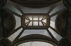 Turin: Galleria San Frederico, roof (HansHolt) Tags: roof italy glass metal torino italia gallery geometry arches symmetry turin galleria itali bogen turijn gallerij canonef1635mmf28liiusm canoneos6d sanfrederico