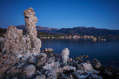 Blue Sunrise at Mono Lake (Eddie HBH) Tags: california longexposure blue usa lake sunrise landscape twilight monolake tufa