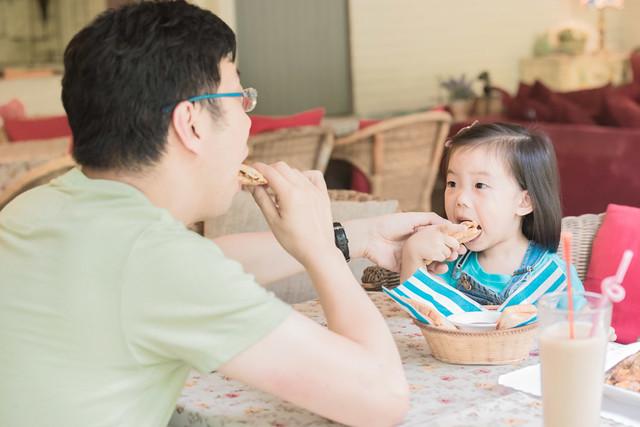 親子寫真,親子攝影,香港親子攝影,台灣親子攝影,兒童攝影,兒童親子寫真,全家福攝影,陽明山親子,陽明山,陽明山攝影,家庭記錄,19號咖啡館,婚攝紅帽子,familyportraits,紅帽子工作室,Redcap-Studio-23