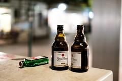 Herrenloses Gedeck (Gerd Trynka) Tags: city germany bottles bier duisburg jgermeister fundstcke findings kpi knigpilsener classicchrome gerdtrynka xf35mmf14 ottosohnfoto fujixt10