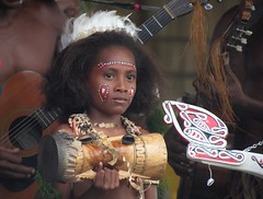 Kundu girl (Sven Rudolf Jan) Tags: girl drum traditional papuanewguinea kundu alotau canoeandkundufestival