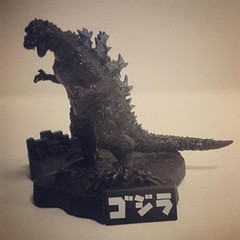 งานฉากก็อตซิลล่า (Godzilla) ราคา 250 บาทครับ (ไม่รวมส่ง)    สนใจสินค้าโทรสอบถามรายละเอียดได้ที่  เบอร์ 091-7656695 : ซุ่น  Line ID : jp2hand  สินค้าใหม่ๆ อัพลงที่ Page ร้านหมดแล้วครับสามารถเข้าดูได้จากลิงค์ด้านล่าง    https://web.facebook.com/jp2hands/pho