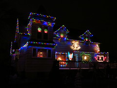 IMG_1918 Holiday Lights (jgagnon63@yahoo.com) Tags: christmas nightphotography winter night lowlight december christmaslights christmasdecorations holidaylights holidayhomes escanaba canons110 deltacountymi escanabachristmas