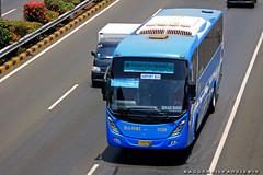 Damri Airport Ultima (BagusRailfans photo) Tags: bus mercedes benz mas body agra jakarta bis hino aptb transjakarta damri bismania primajasa arimbi