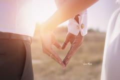 Bride and groom holding his hands (Vincent Moreau) Tags: adam turkey ak el e gen beyaz evlilik hayat yeni aile romantik dn birlikte treni sevgi buket gelinlik iliki gelin ift erkek sevin elbise damat sevmek evli sevgiliye beraberlik tutma yaknekim