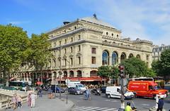 Paris Place du Chatelet 12.9.2016 3720 (orangevolvobusdriver4u) Tags: 2016 archiv2016 france frankreich paris road street strasse streetlife traffic trafic verkehr place du chatelet placeduchatelet square platz