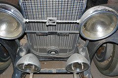 P1130247 Buick Grill (lois manowitz) Tags: gallerygang arizona
